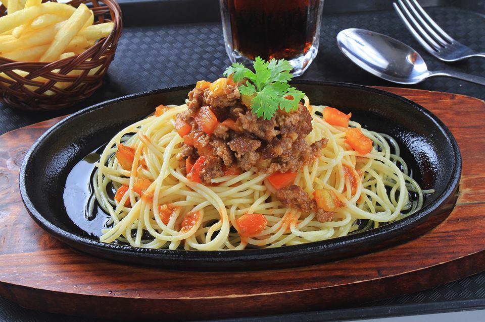 Review món ăn tại nhà hàng Hai Con Bò Beefsteak