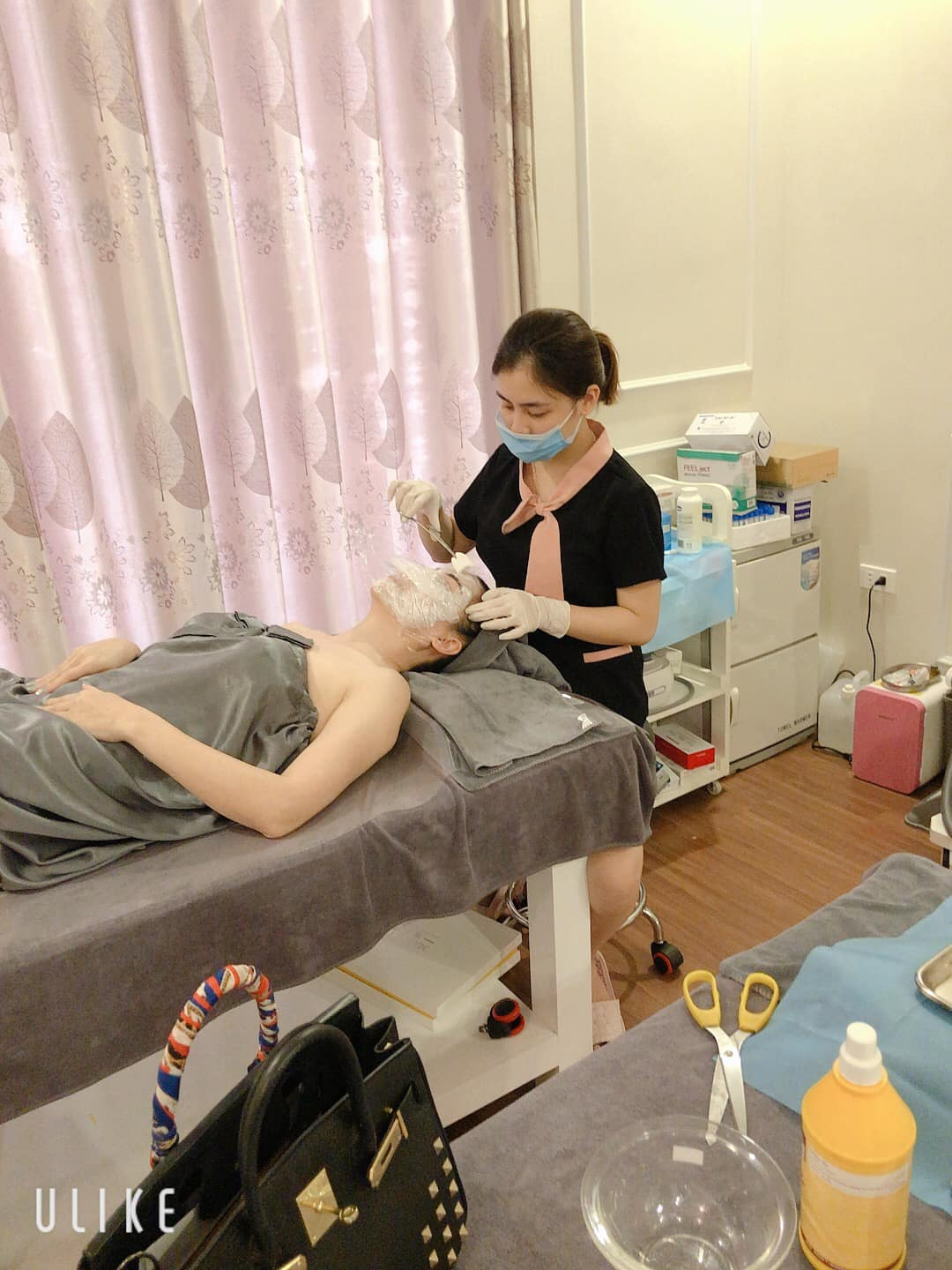 K-Spa Beauty Clinic tay nghề