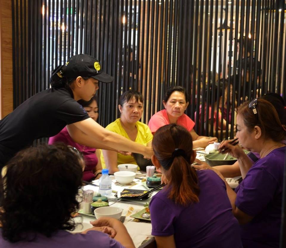 Nhà hàng món Huế phục vụ