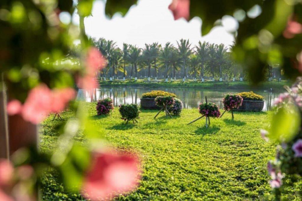 Tham quan khu đô thị sinh thái Ecopark