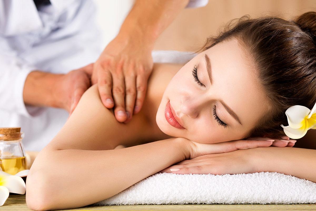 Dịch vụ massage cổ vai gáy thẩm mỹ viện Busan