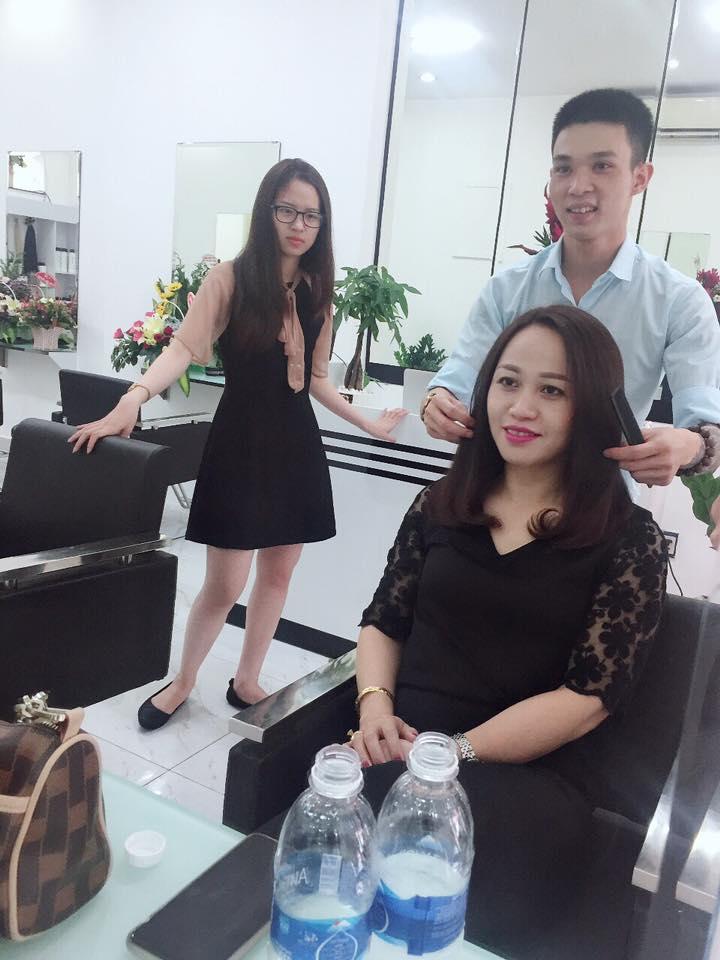 không gian Mạnh Tây Hair Salon
