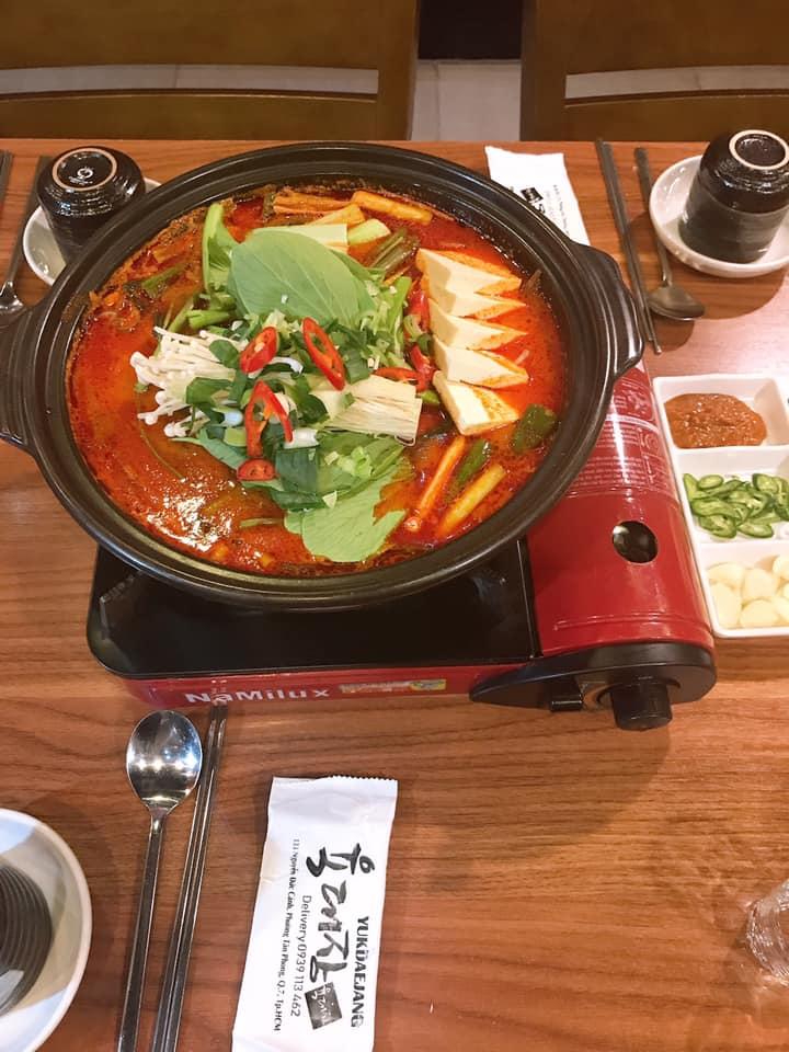 lẩu Yukdaejang