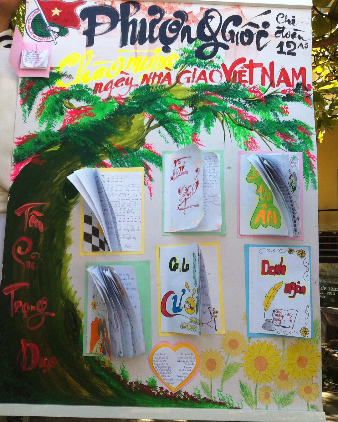 Báo tường ngày nhà Giáo Việt Nam