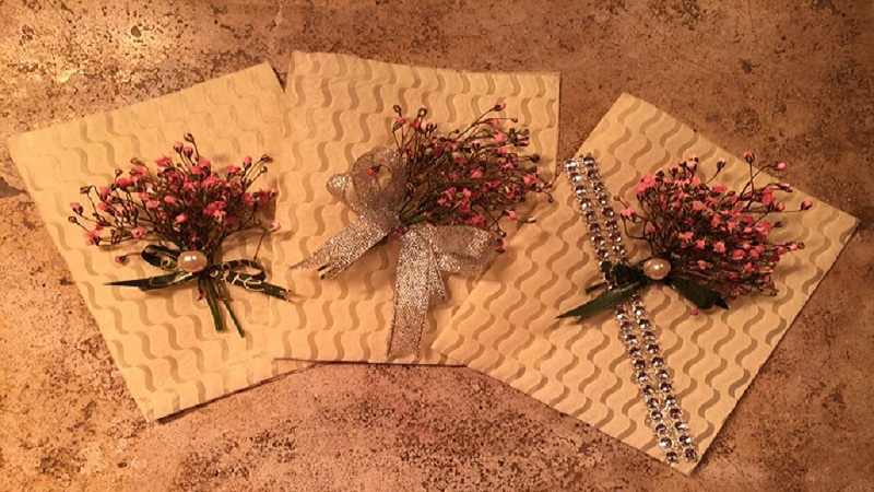 Thiệp 20/11 bằng hoa khô 4