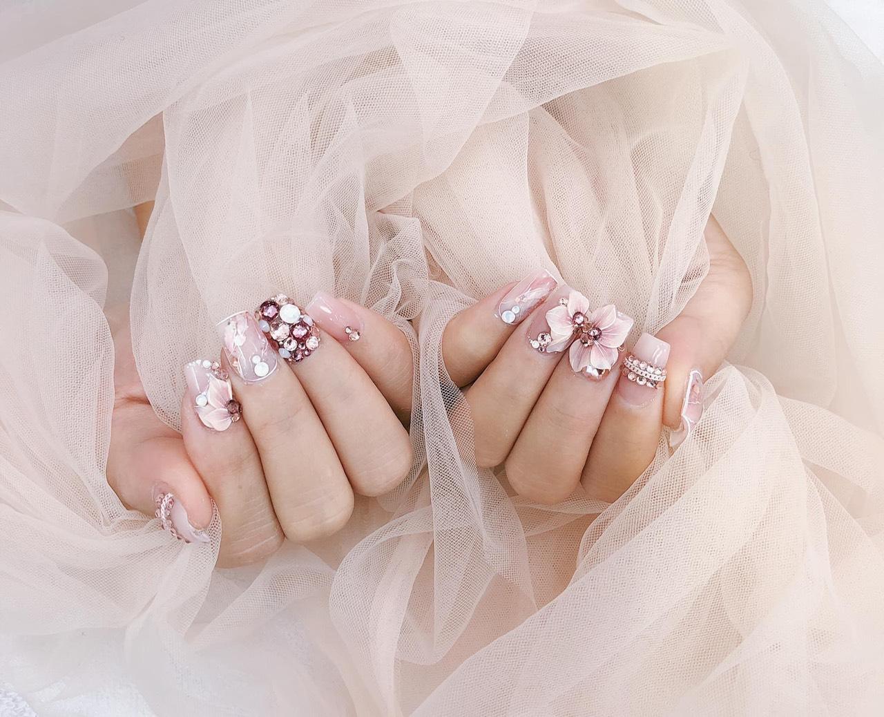 Chang nails 1