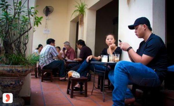 không gian cafe Giảng