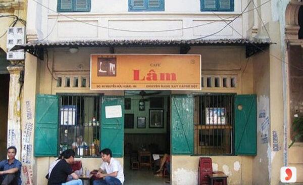 Không gian cafe Lâm
