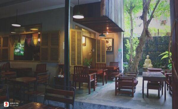 không gian Nhà Hàng Chay Here & Now