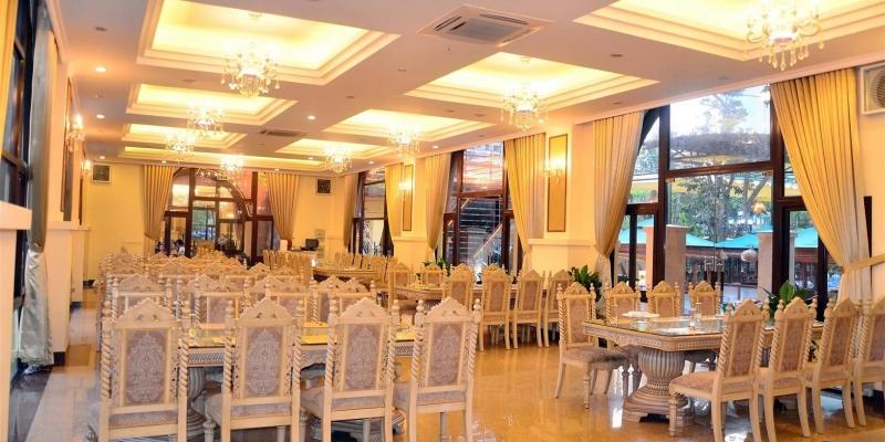 không gian Nhà hàng Hải Sản Lã Vọng