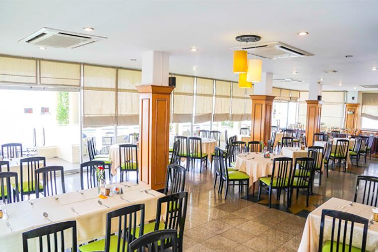 không gian nhà hàng Level 9