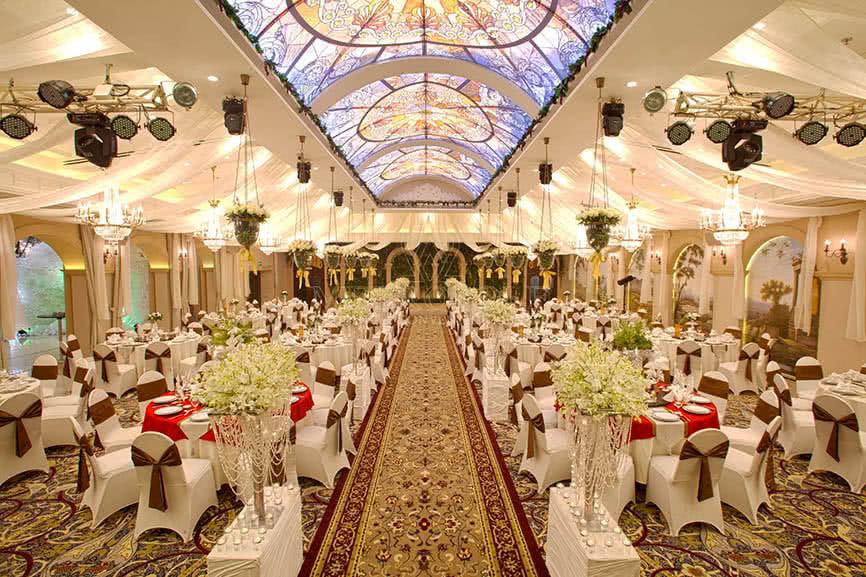 không gian Nhà hàng Metropole