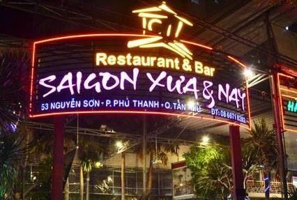 không gian Nhà hàng Sài Gòn Xưa và Nay