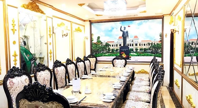 nhà hàng liên hoan cuối năm quận 3, không gian Nhà hàng Việt Phố