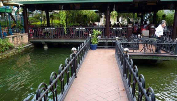 không gian Nhà hàng Vườn Cau