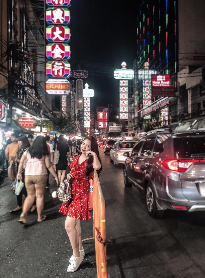 Bangkok về đêm rất sầm uất
