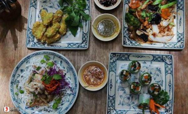 menu Nhà Hàng Chay Here & Now
