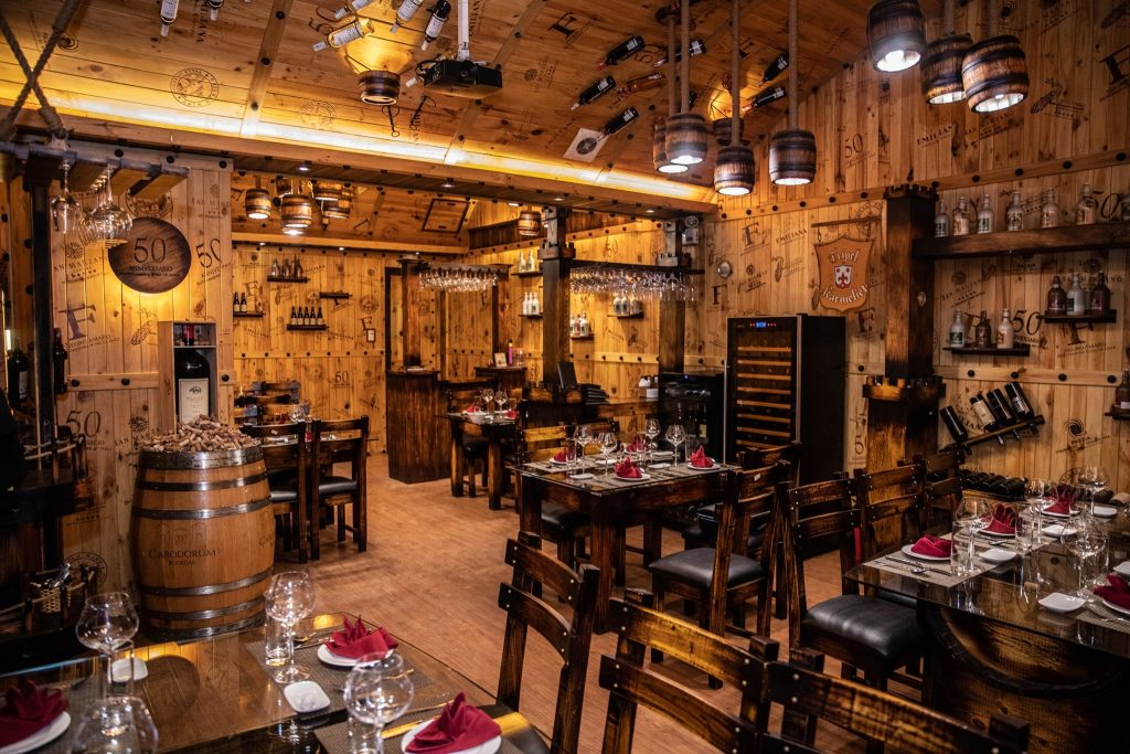 nha hang Huyen Thu WineCellar & SteakHouse