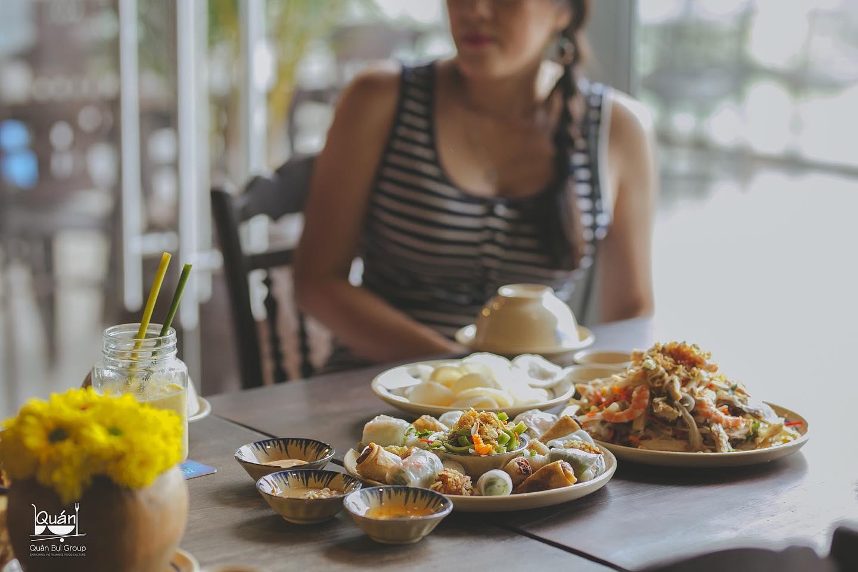 Nhà hàng Quán Bụi 1