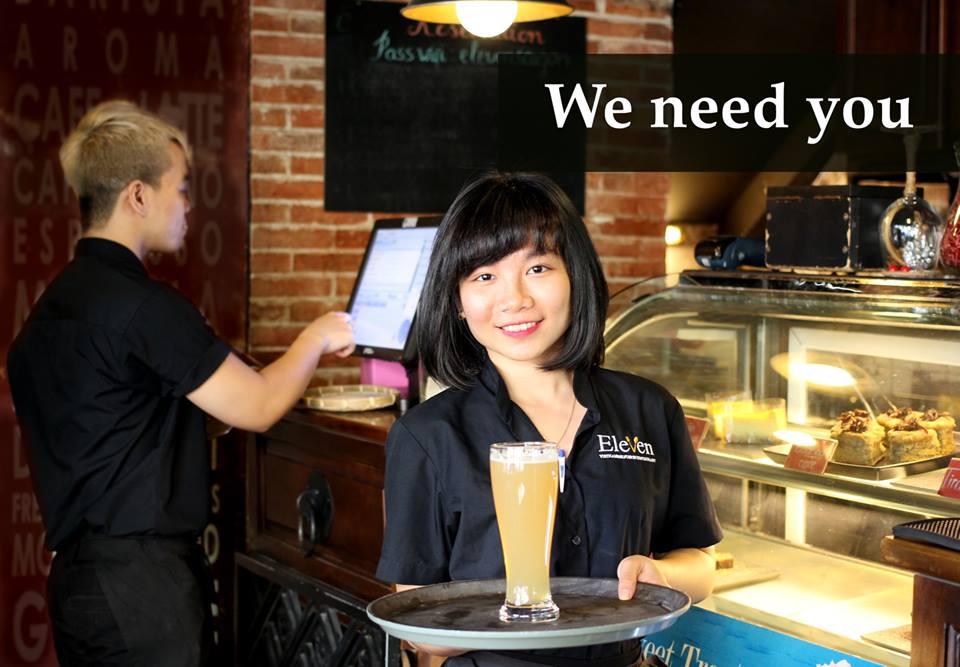 nhân viên Eleven Restaurant