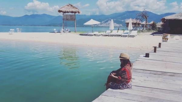 Biển tại Nha Trang rất trong và sạch