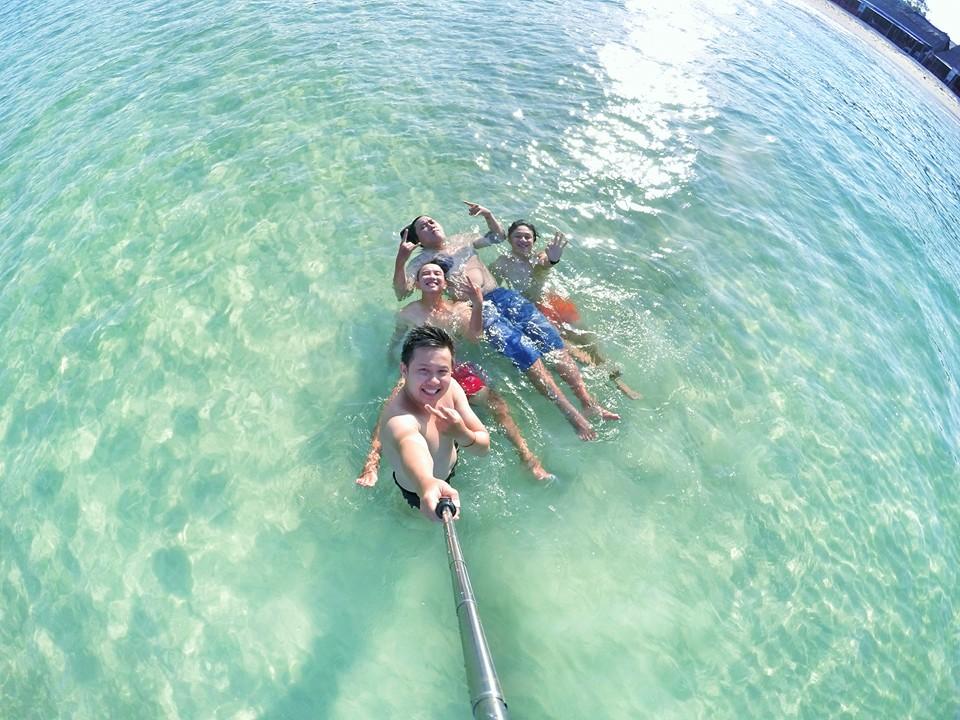 Biển Phú Quốc nổi tiếng với sự trong xanh và sạch đẹp