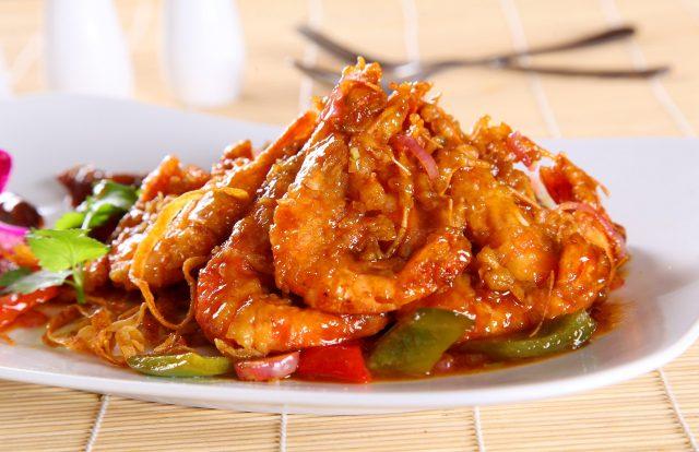review Nhà hàng Lẩu tôm Năm Ri