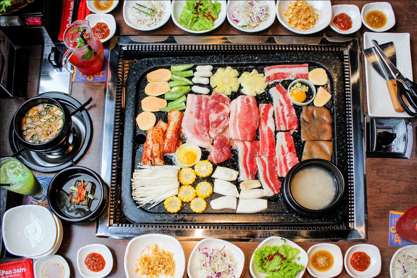 King BBQ Nhà hàng đặt tiệc 20/11 ở Hà Nội 7