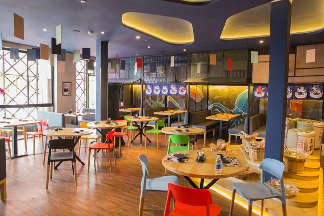 không gian IKI Sushi, nhà hàng buffet quận 1