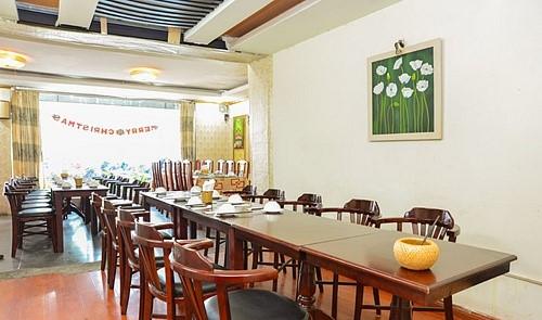 không gian Hoa Sơn Quán, nhà hàng quận ba đình