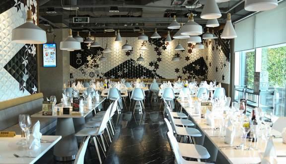không gian Hoàng Yến Buffet Premier, nhà hàng buffet quận 1