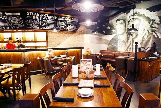 không gian Cowboy Jack's American Dining