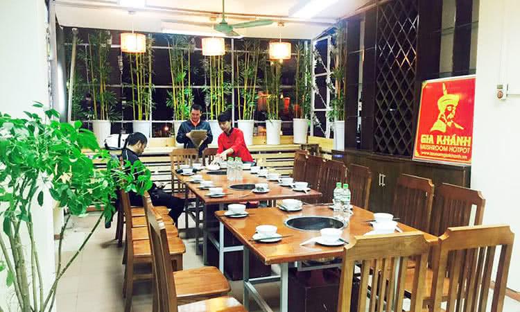 không gian Nhà hàng Lẩu nấm Gia Khánh