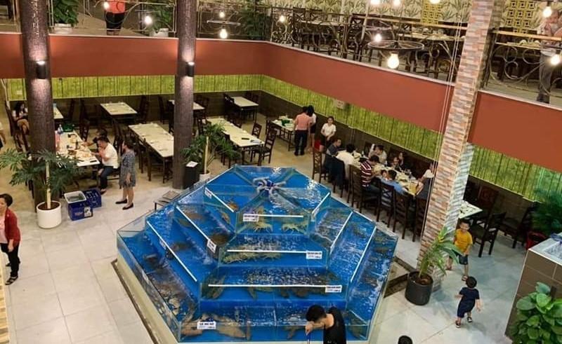không gian Nhà hàng Rạn Biển Quán