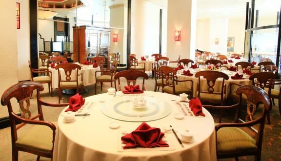 không gian Silk Road Chinese Cuisine, nhà hàng quận ba đình