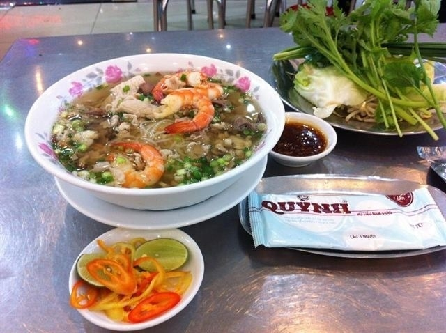 menu Hủ Tiếu Nam Vang Quỳnh, quán ăn đặc sản sài gòn