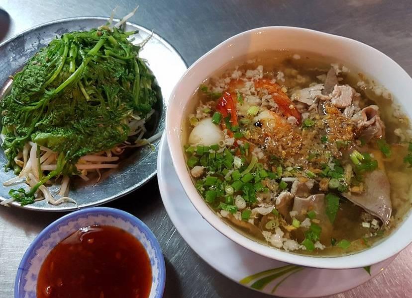 review Hủ Tiếu Nam Vang Quỳnh, quán ăn đặc sản sài gòn
