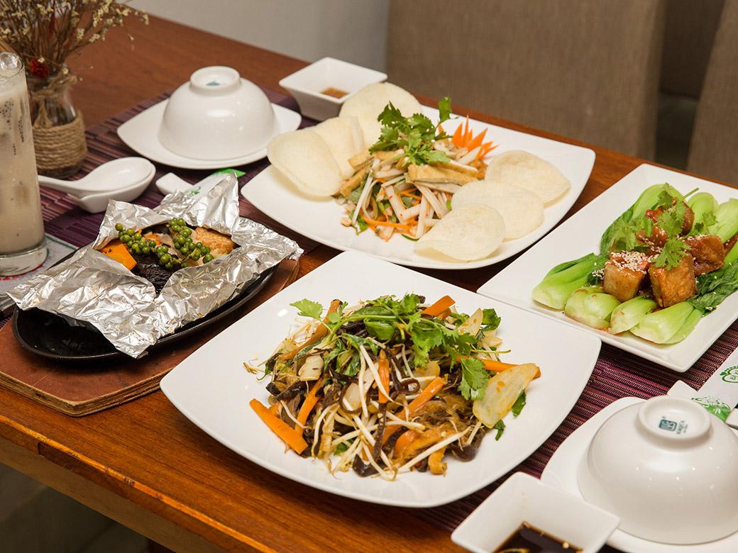 địa điểm ăn uống Noel ở Sài Gòn 8