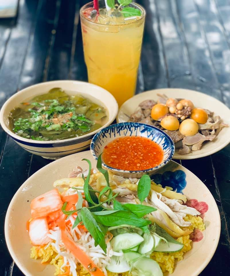 địa điểm ăn uống Noel ở Sài Gòn 16