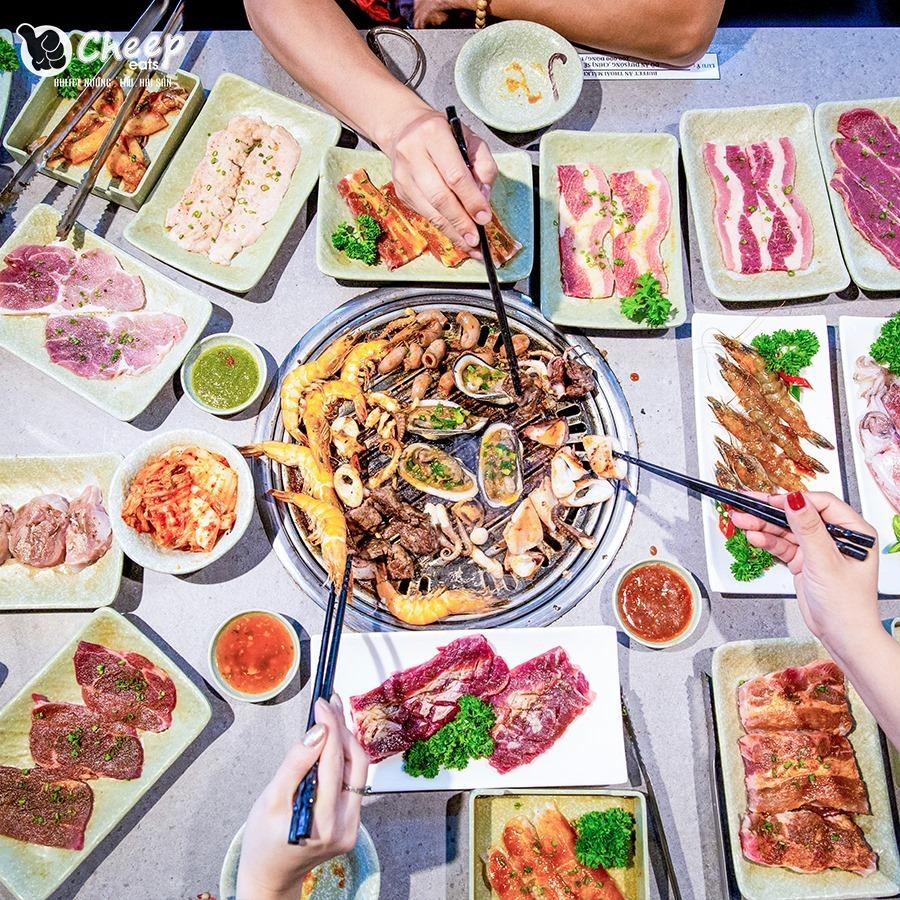 địa điểm ăn uống Noel ở Sài Gòn 29