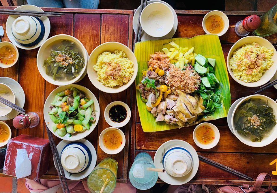 địa điểm ăn uống Noel ở Sài Gòn 10