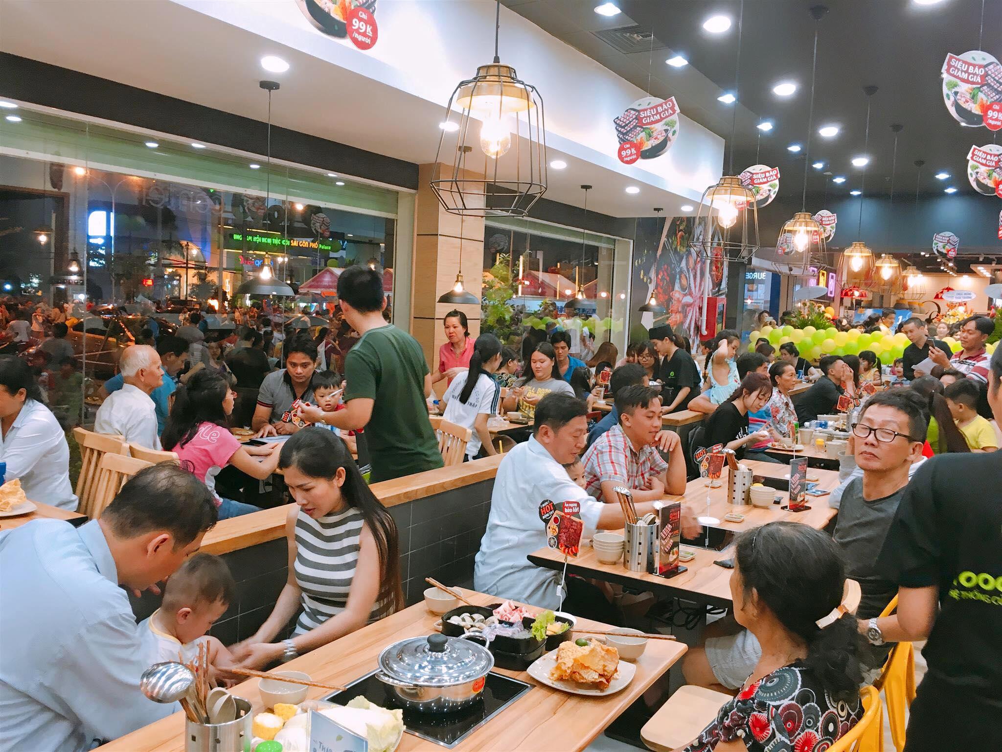 Nhà hàng Food House