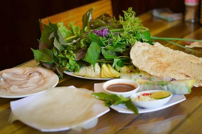 review Bánh Tráng Thịt Heo